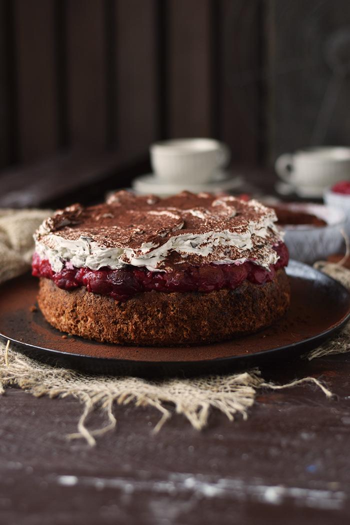 Haselnuss Kirsch Kuchen Ein Familienklassiker Knusperstubchen