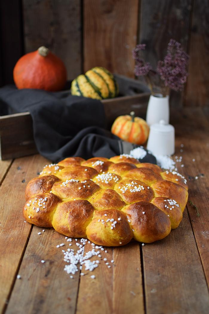 kuerbisbroetchen-pumpkin-rolls-4