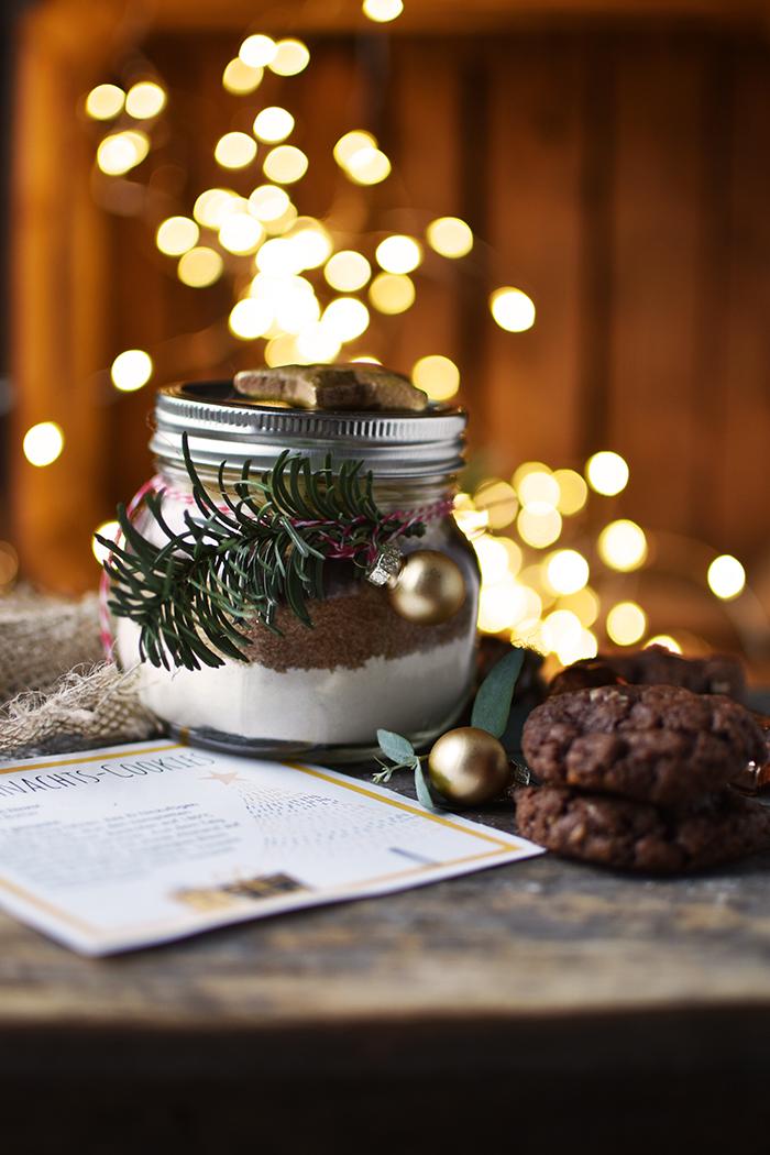 weihnachts pl tzchen backmischung 17 t rchen. Black Bedroom Furniture Sets. Home Design Ideas