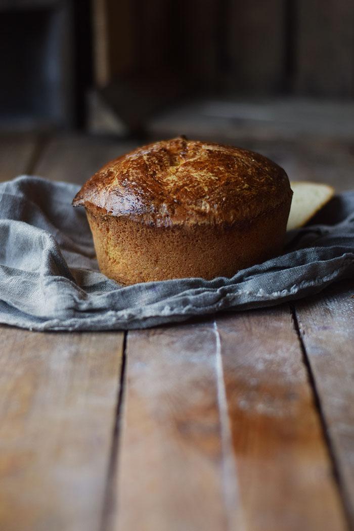 french-toast-mit-birnenkompott-honig-und-pistazien-3