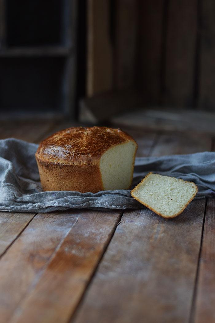 french-toast-mit-birnenkompott-honig-und-pistazien-4