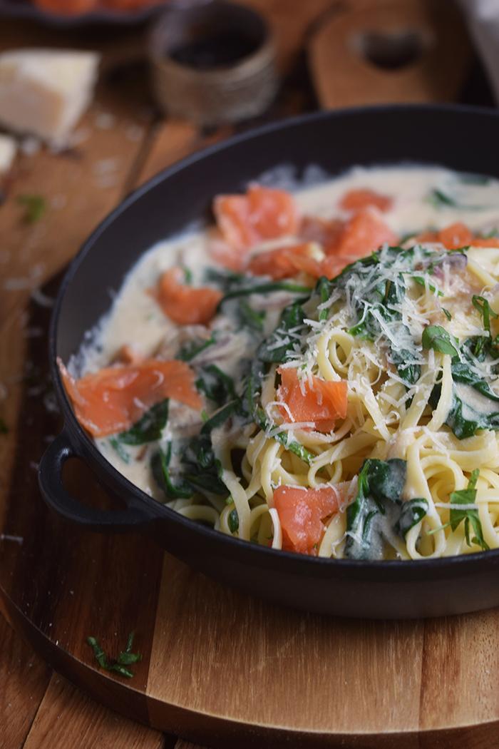 pasta-mit-spinat-und-lachs-smoked-salmon-spinach-pasta-13