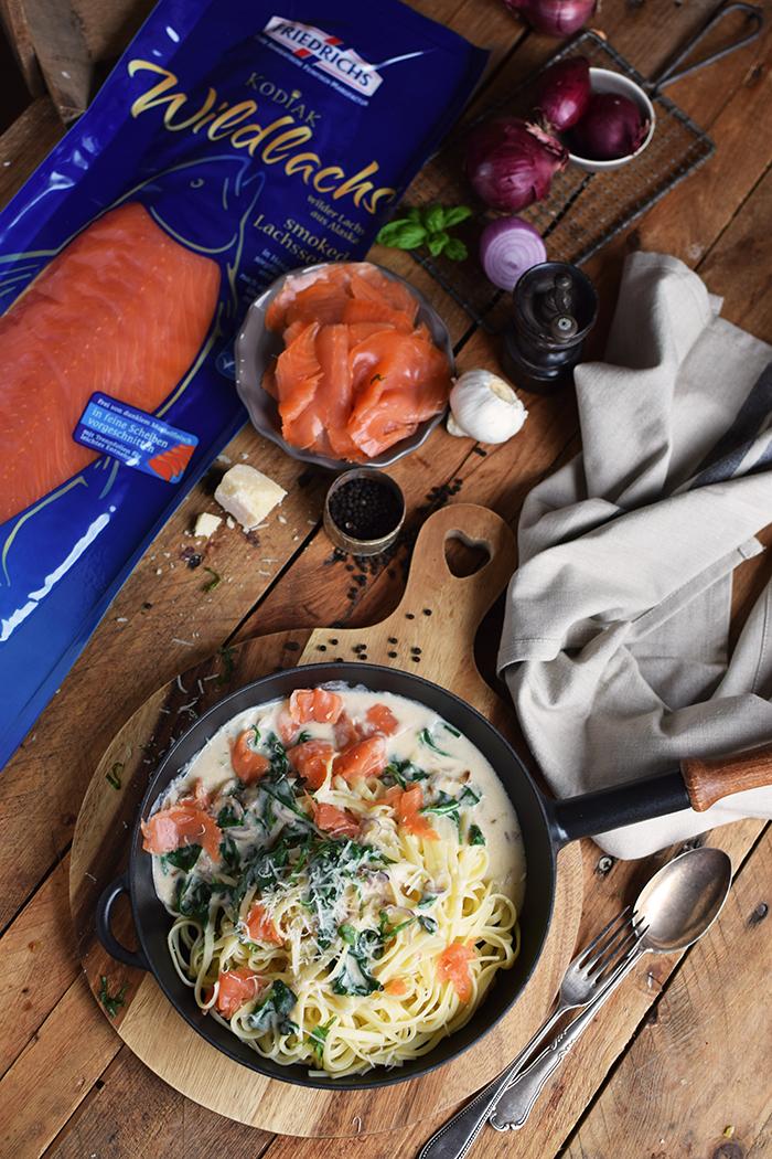 pasta-mit-spinat-und-lachs-smoked-salmon-spinach-pasta-17