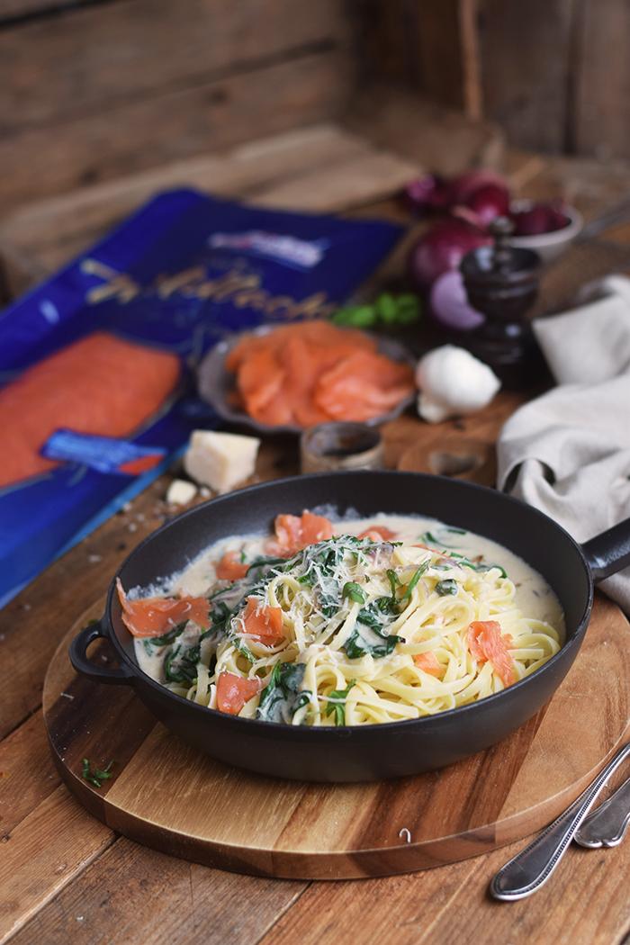 pasta-mit-spinat-und-lachs-smoked-salmon-spinach-pasta-20