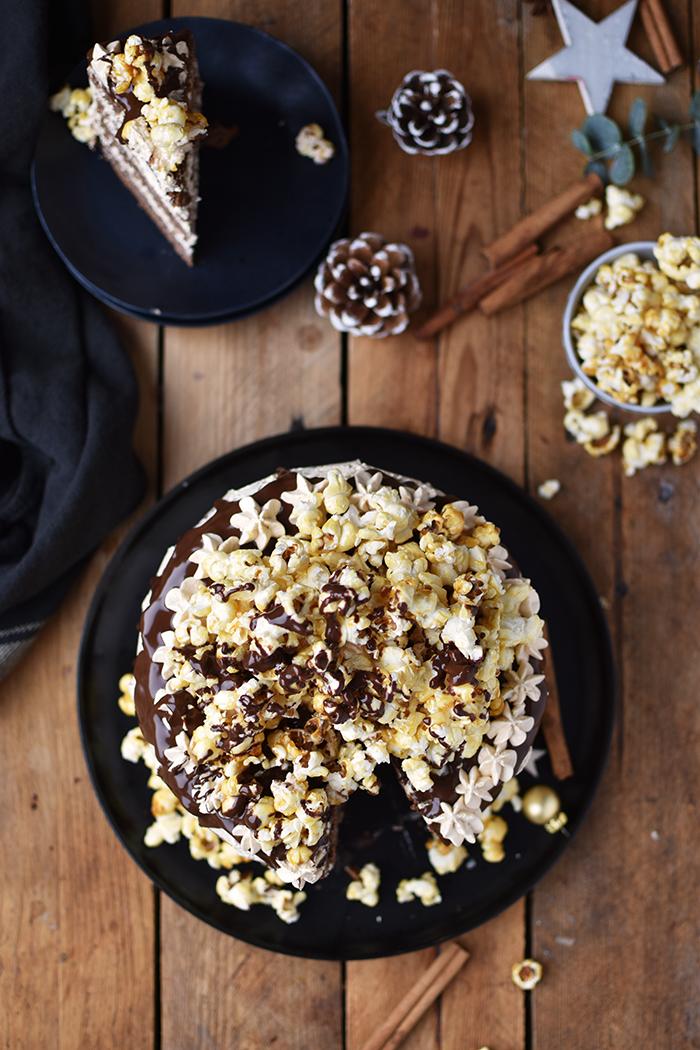 zimt-karamell-torte-mit-karamell-popcorn-18