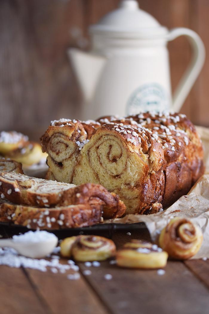zimtschnecken-brot-cinnamon-roll-bread-13