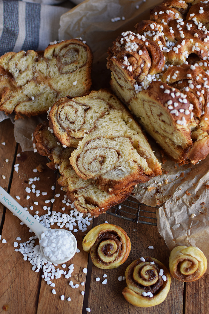 zimtschnecken-brot-cinnamon-roll-bread-8