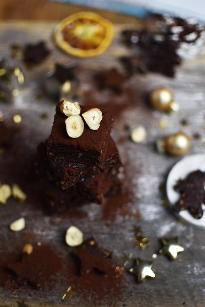 glutenfreie-no-bake-und-zuckerfreie-brownie-kugeln-4