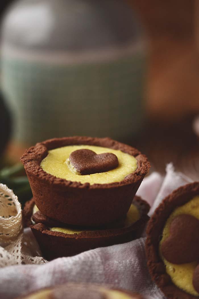 schoko herz cheesecake muffins be my valentine knusperst bchen. Black Bedroom Furniture Sets. Home Design Ideas