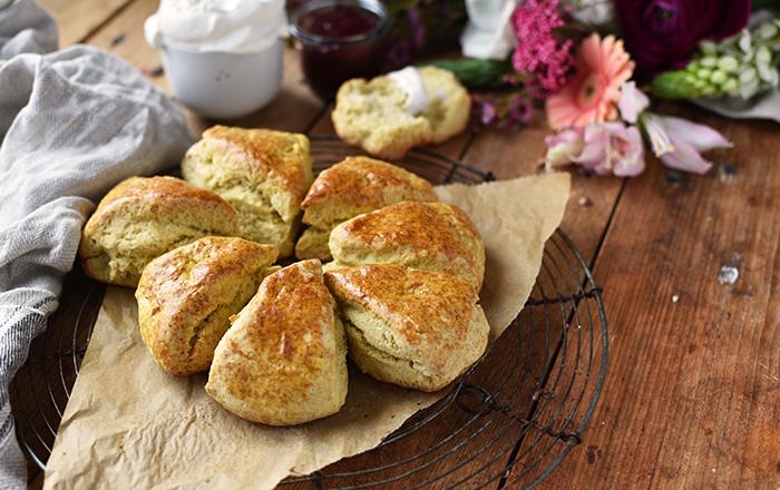 Scones: Irische 15 Minuten Brötchen für ein gemütliches Frühstück
