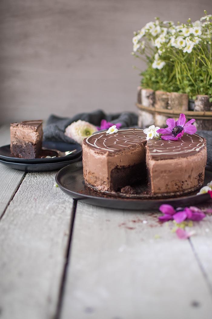 Brownie Schoko Mousse Torte Auszeit Fur Chocoholics Knusperstubchen