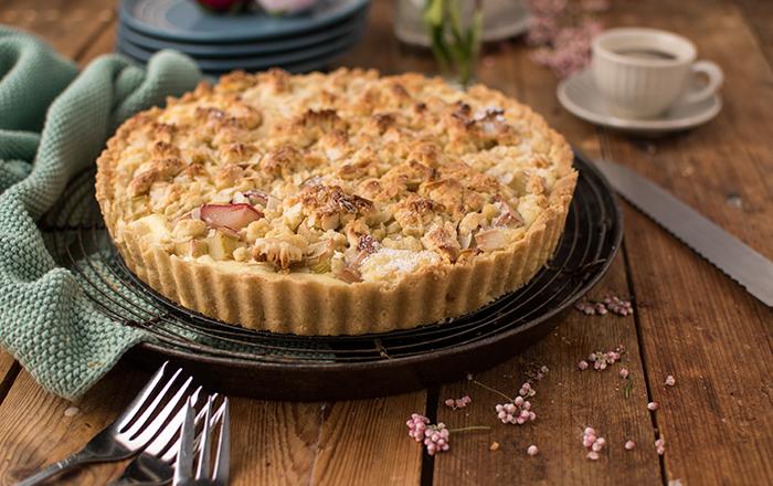 Cheesecake-Streusel-Kuchen mit Rhabarber