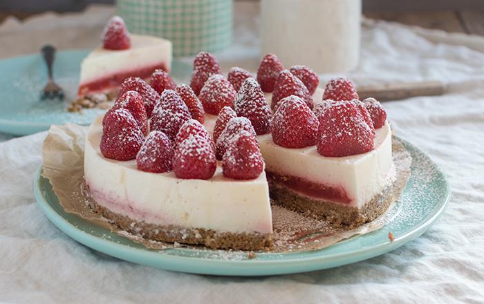 Erdbeer-Kokos-Panna-Cotta-Tarte: Ganz ohne backen