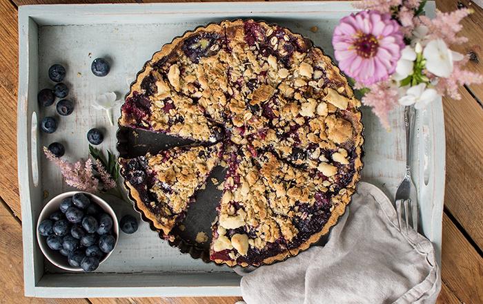 Blaubeer-Streusel-Pie: Fruchtiges Soulfood im Sommer