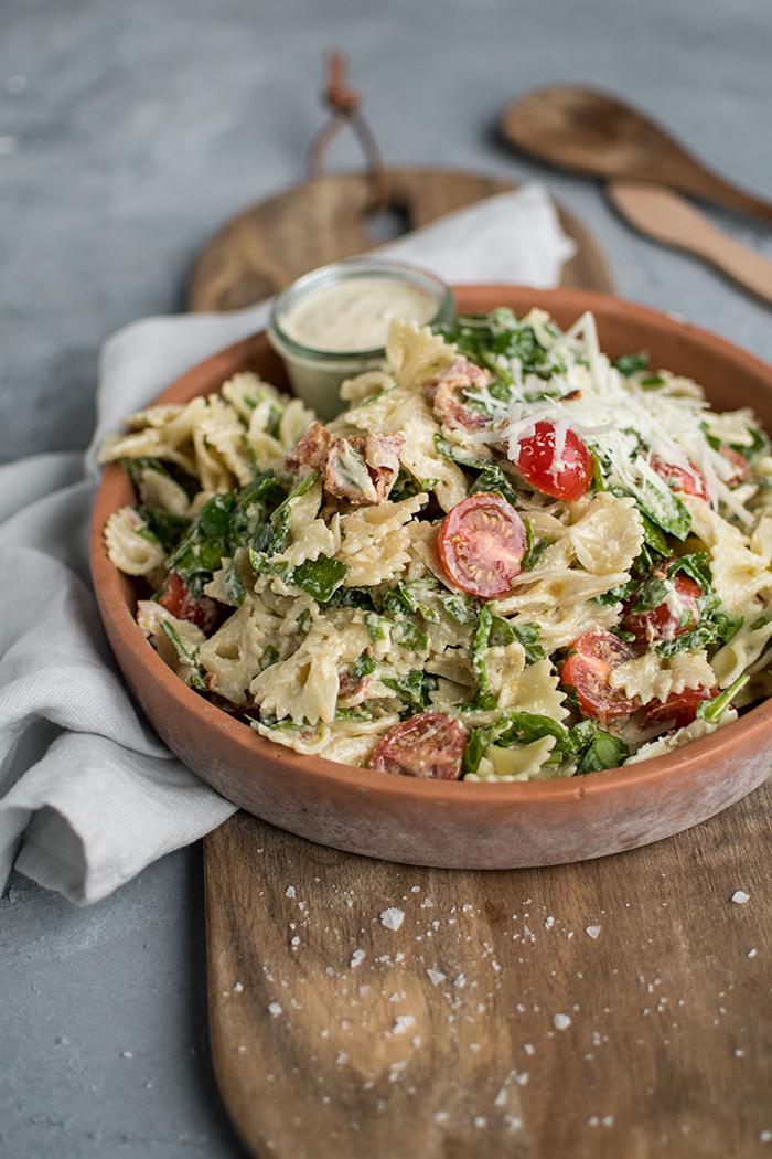 Caesar Pasta Salat Knusperstübchen