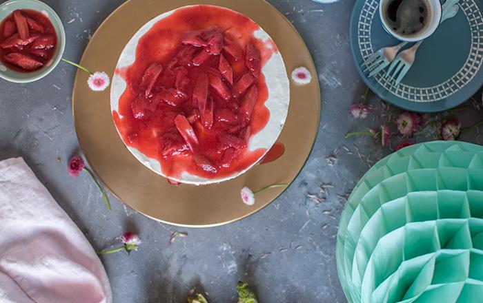 Rhabarber-Tiramisu-Cheesecake (No Bake): Frühling, da bist Du ja!