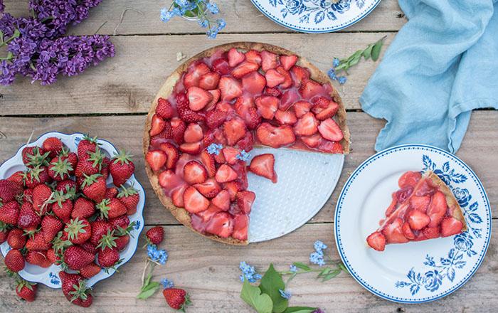 Erdbeertorte mit Vanillecreme: Ein Familienliebling