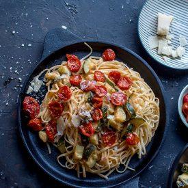 Pasta mit Zucchini: Sommer auf dem Pastateller