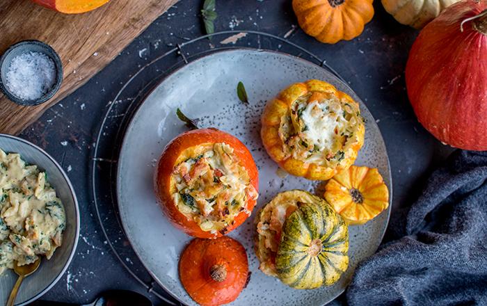 Pastaauflauf im Kürbis: Und der Herbst geht weiter