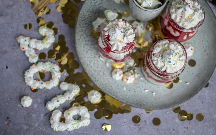 Beschwipster Eton Mess: Schnelles Silvester-Dessert