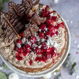 Lebuchen Torte Mit Gluhweinkirschen Und Ein Gewinn Knusperstubchen
