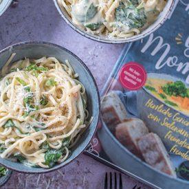 Herzhafte Glücksmomente: Das zweite Knusperstübchen Buch ist da und Käse-Nudeln mit Spinat & Gorgonzola