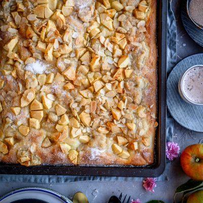 Bratapfel-Butterkuchen: Hallo Herbst