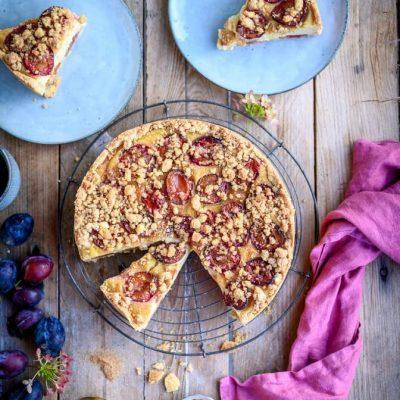 Griesspudding-Kuchen mit Pflaumen: Spätsommerglück