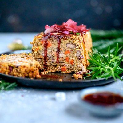 Linsenbraten mit Glühwein-Zwiebelsauce: Ein vegetarisches Weihnachtsessen