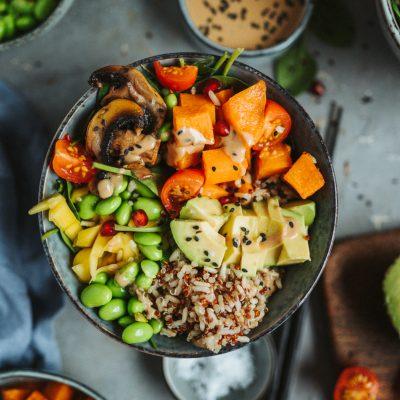 Ofensüßkartoffel-Bowl: Bunt und lecker