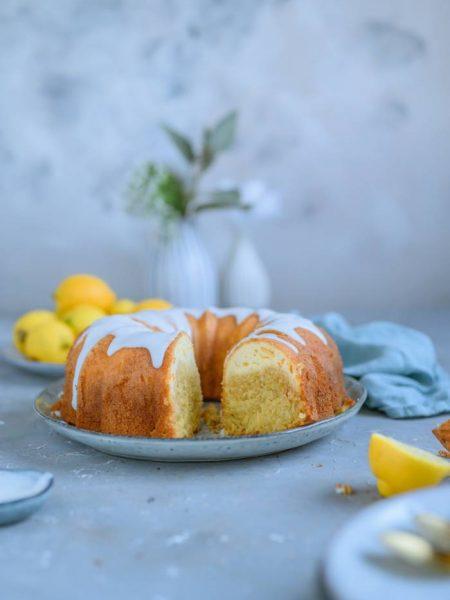 Zitronen-Quark-Gugelhupf