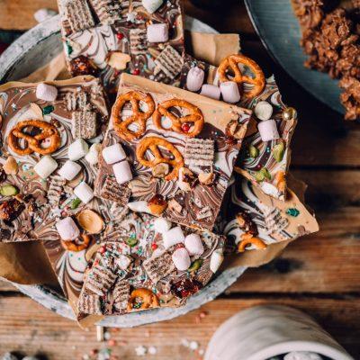 Marmor-Schoko-Bark und Schoko-Crossies: Schokogeschenke aus der Küche