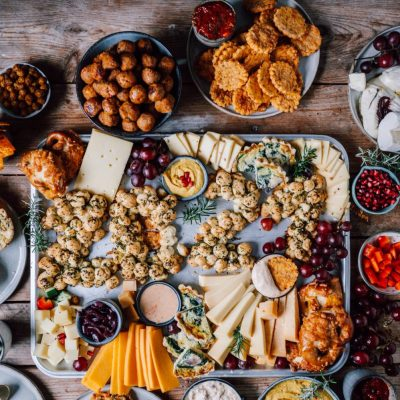 Silvester Snacks und Cheese Board: Rezepte für das Silvesterbuffet