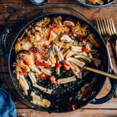 Pasta-Auflauf mit Zucchini und Parmesan