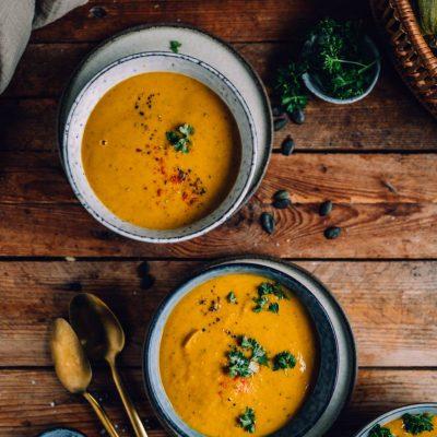 Ofenkürbis-Curry-Suppe: Die beste Suppe für den Herbst